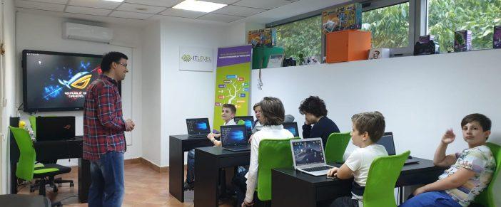 Atelierul micilor hackeri